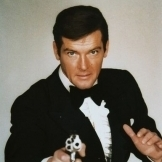 Roger Moore 007